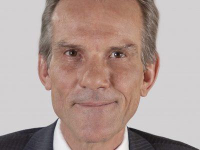 Dr. Rolf Gueller